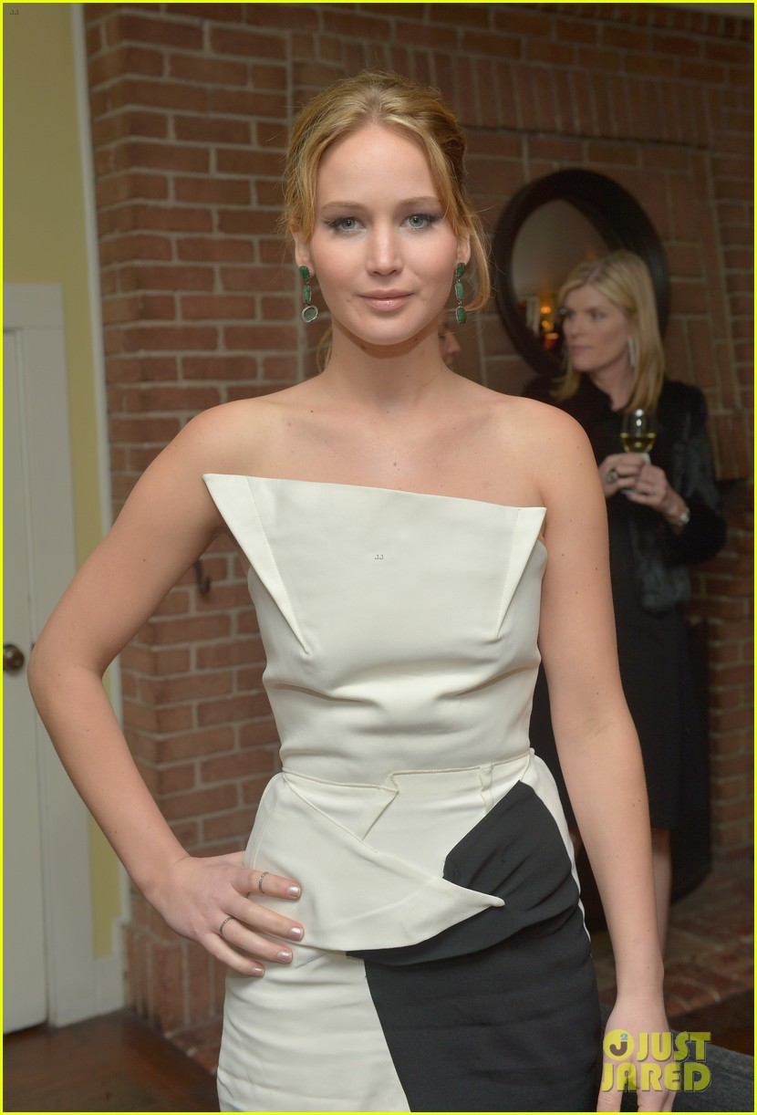 jennifer lawrence bradley cooper vanity fair pre oscar party 2013 112816274