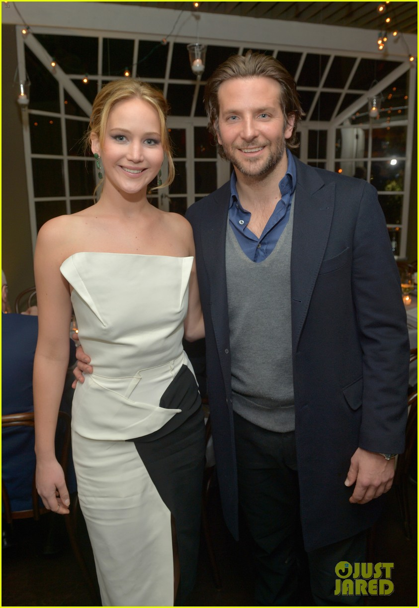 jennifer lawrence bradley cooper vanity fair pre oscar party 2013 13