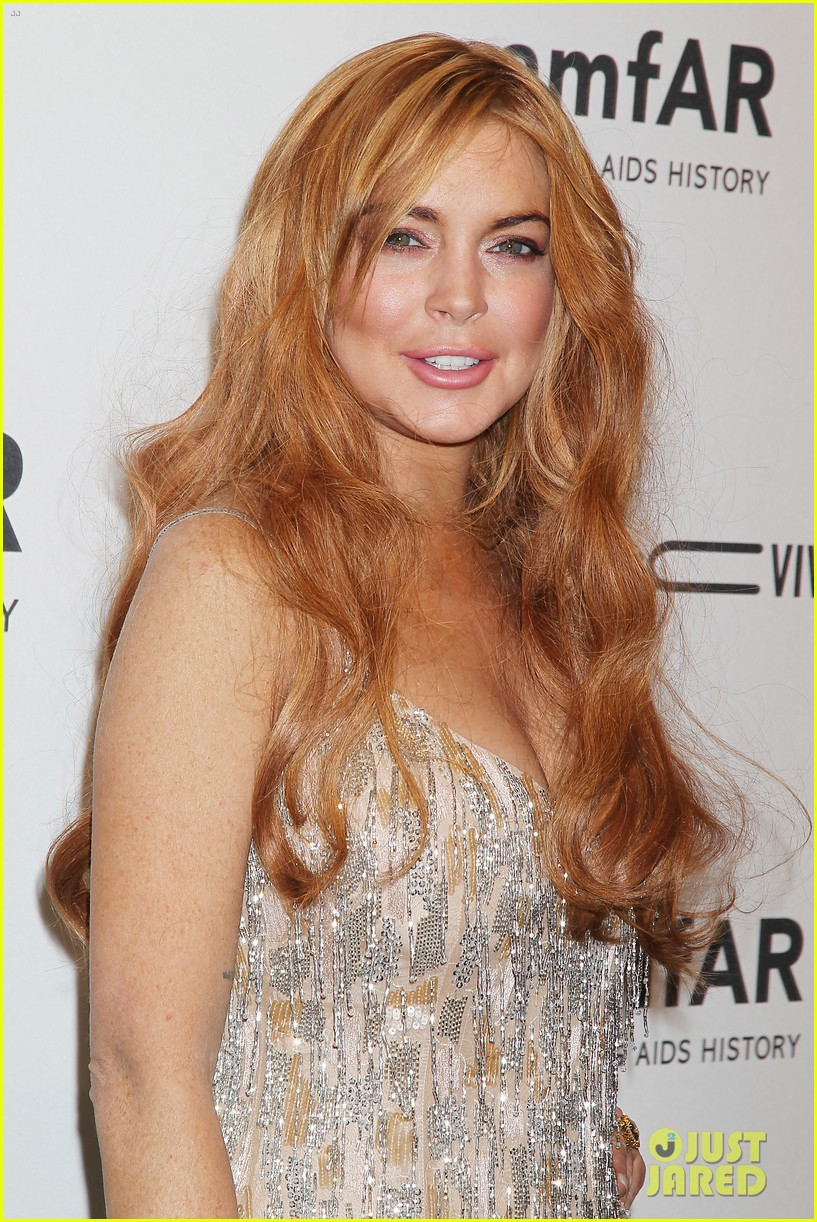 lindsay lohan ashley greene amfar new york gala 2013 11