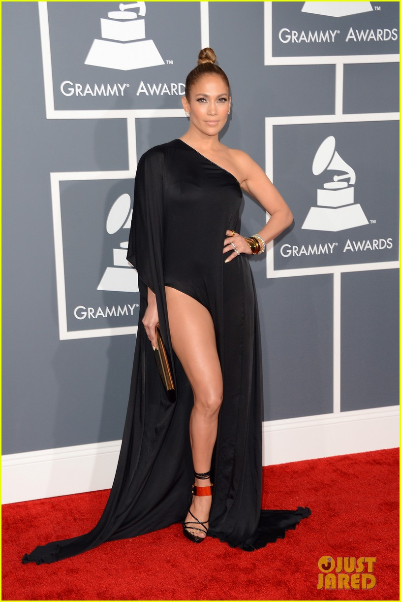 jennifer lopez grammys 2013 with casper smart 082809280