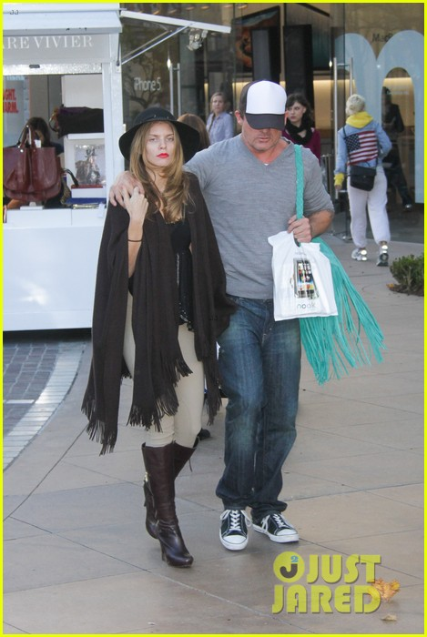 annalynne mccord dominic purcell the grove couple 112808728