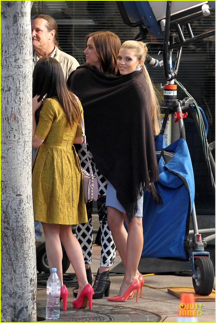annalynne mccord new york glamour for 90210 05