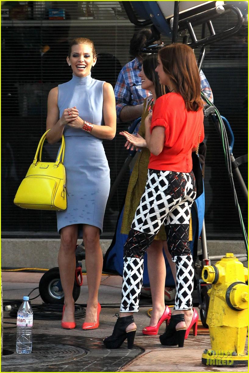annalynne mccord new york glamour for 90210 15