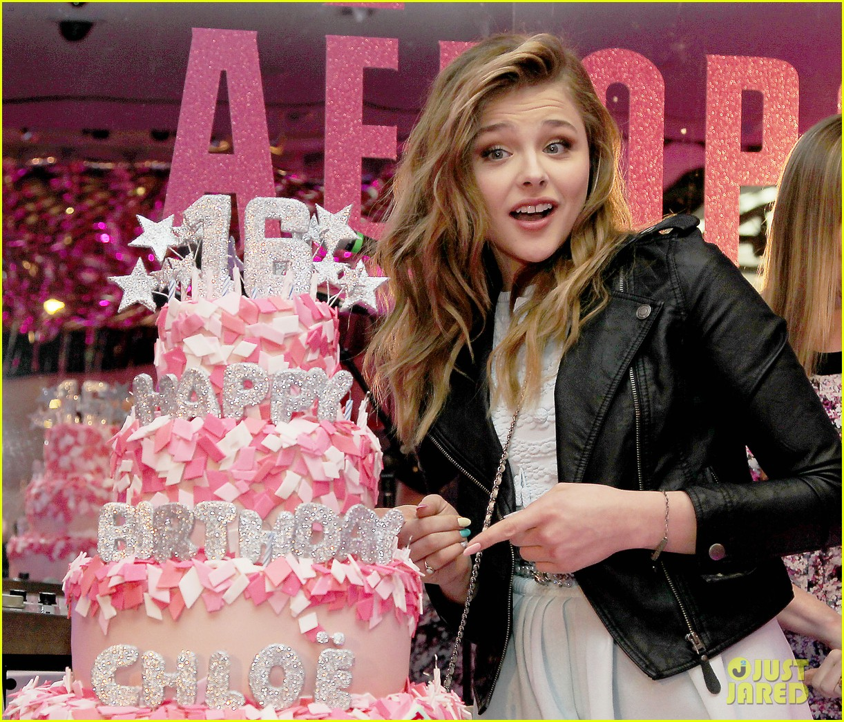 chloe moretz sweet 16 birthday bash with julianne moore 06
