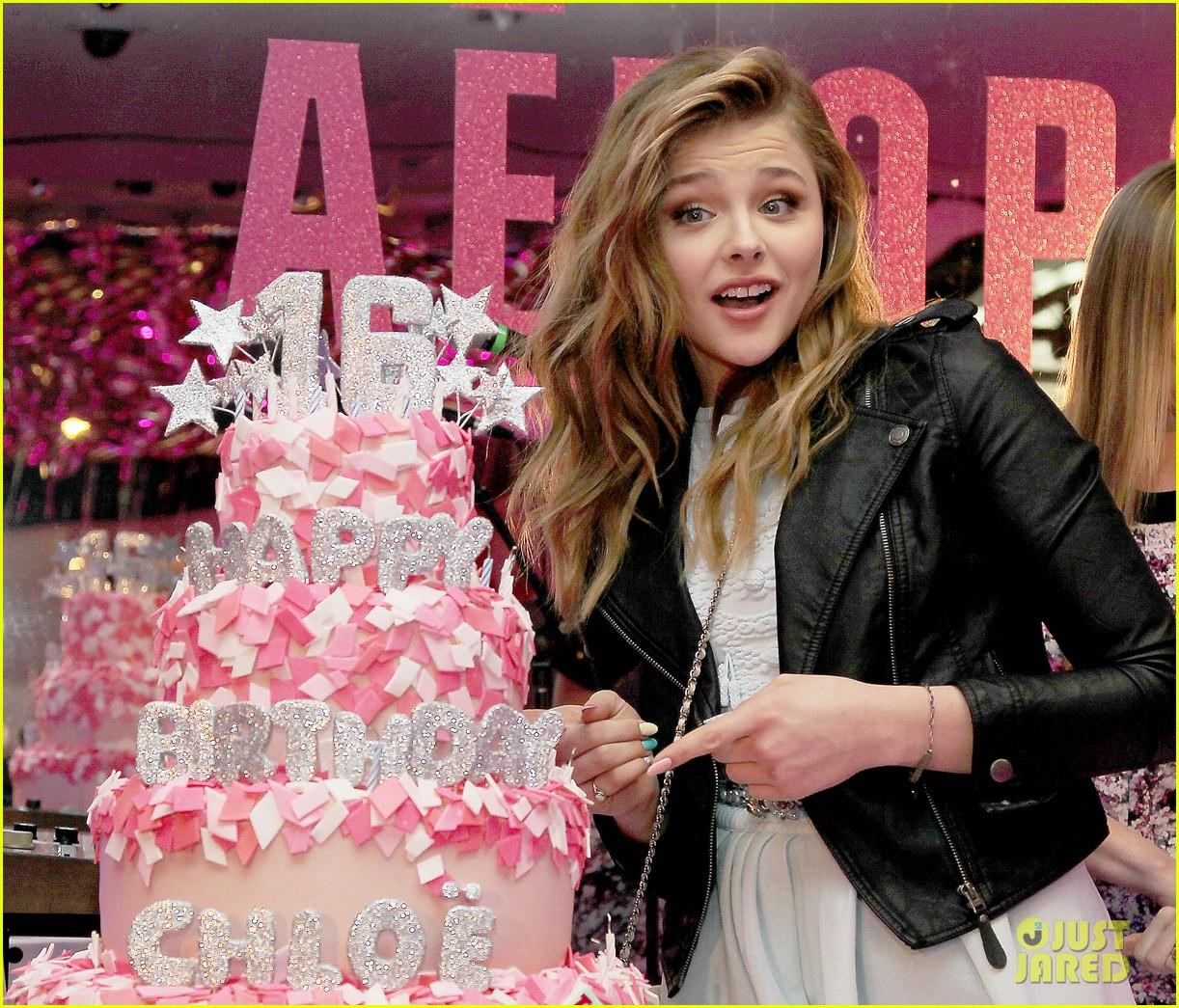 chloe moretz sweet 16 birthday bash with julianne moore 06