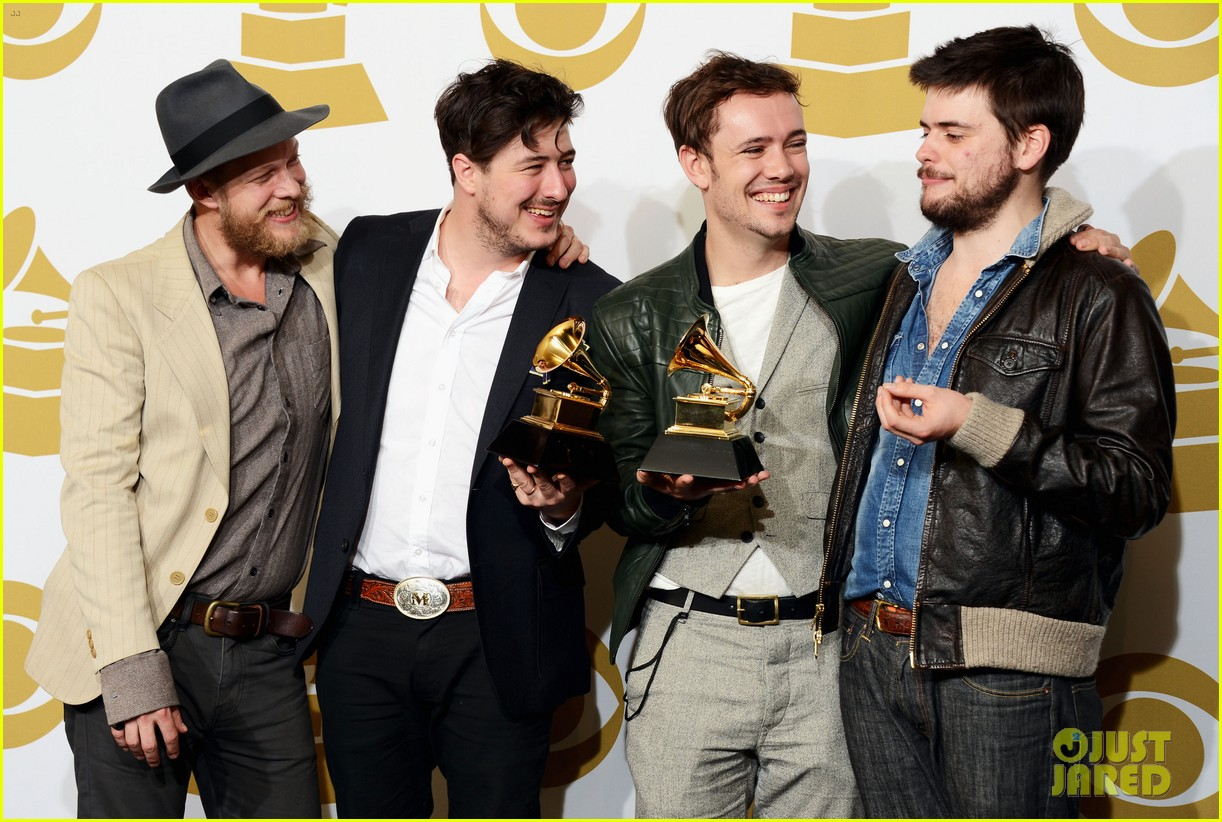 carey mulligan grammys 2013 with marcus mumford 06