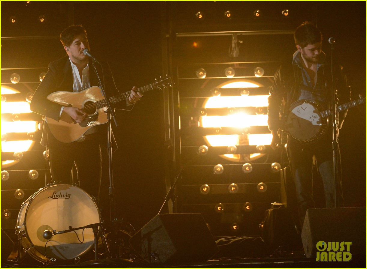 mumford sons i will wait grammys 2013 performance watch now 03