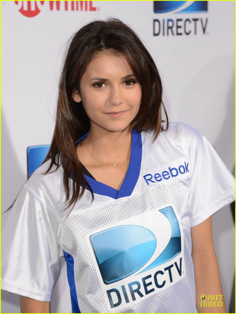 ian somerhalder nina dobrev celebrity beach bowl party couple 09