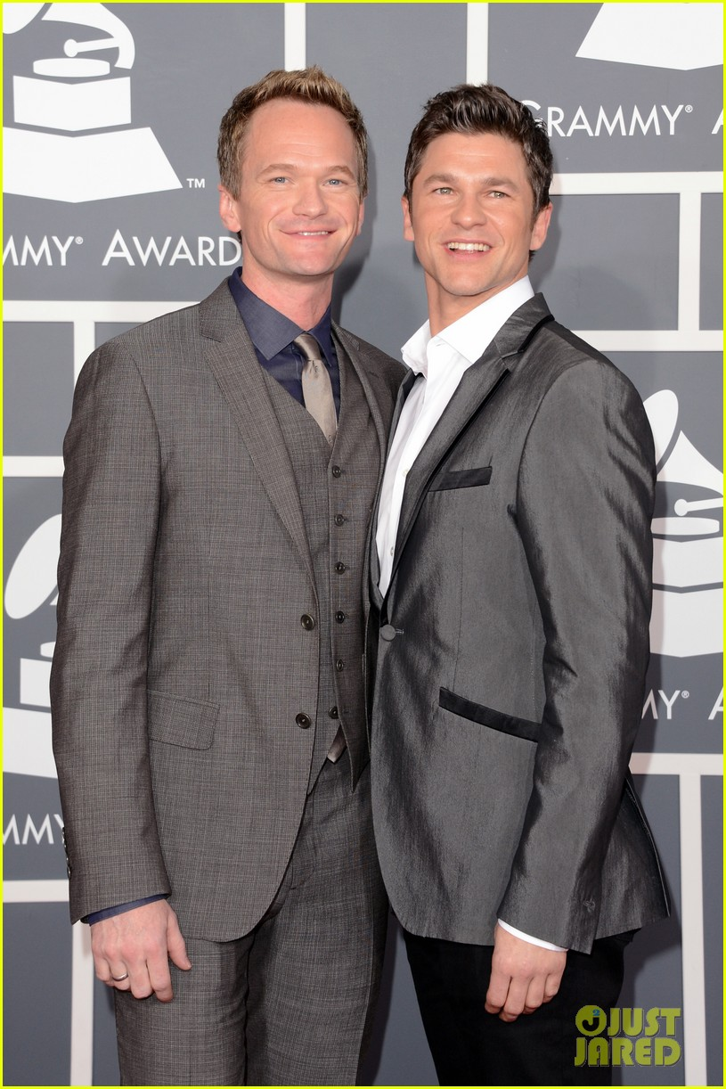 neil patrick harris grammys 2013 red carpet with david burtka 052809306
