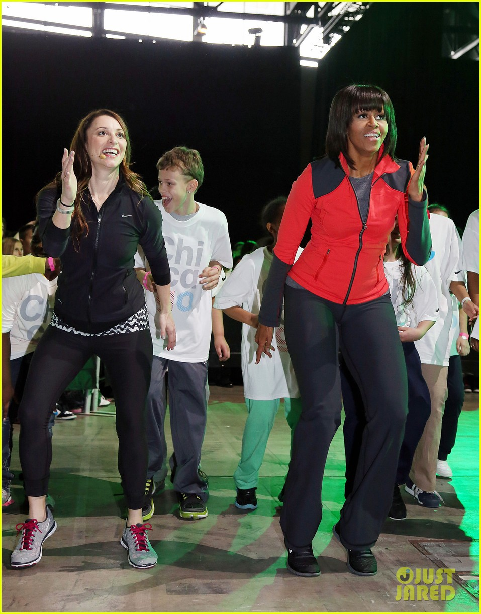 michelle obama school exercise program with jordin sparks 19