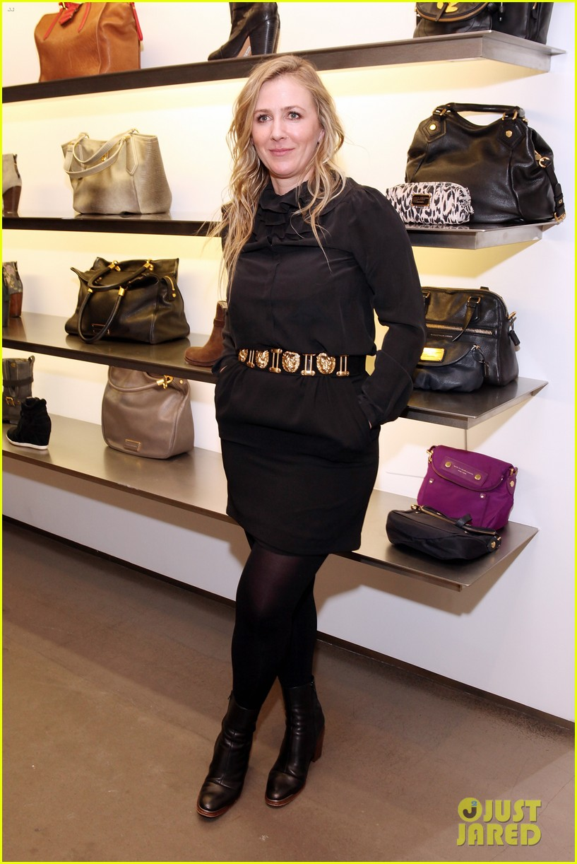 elizabeth olsen cher coulter capsule collection event 05