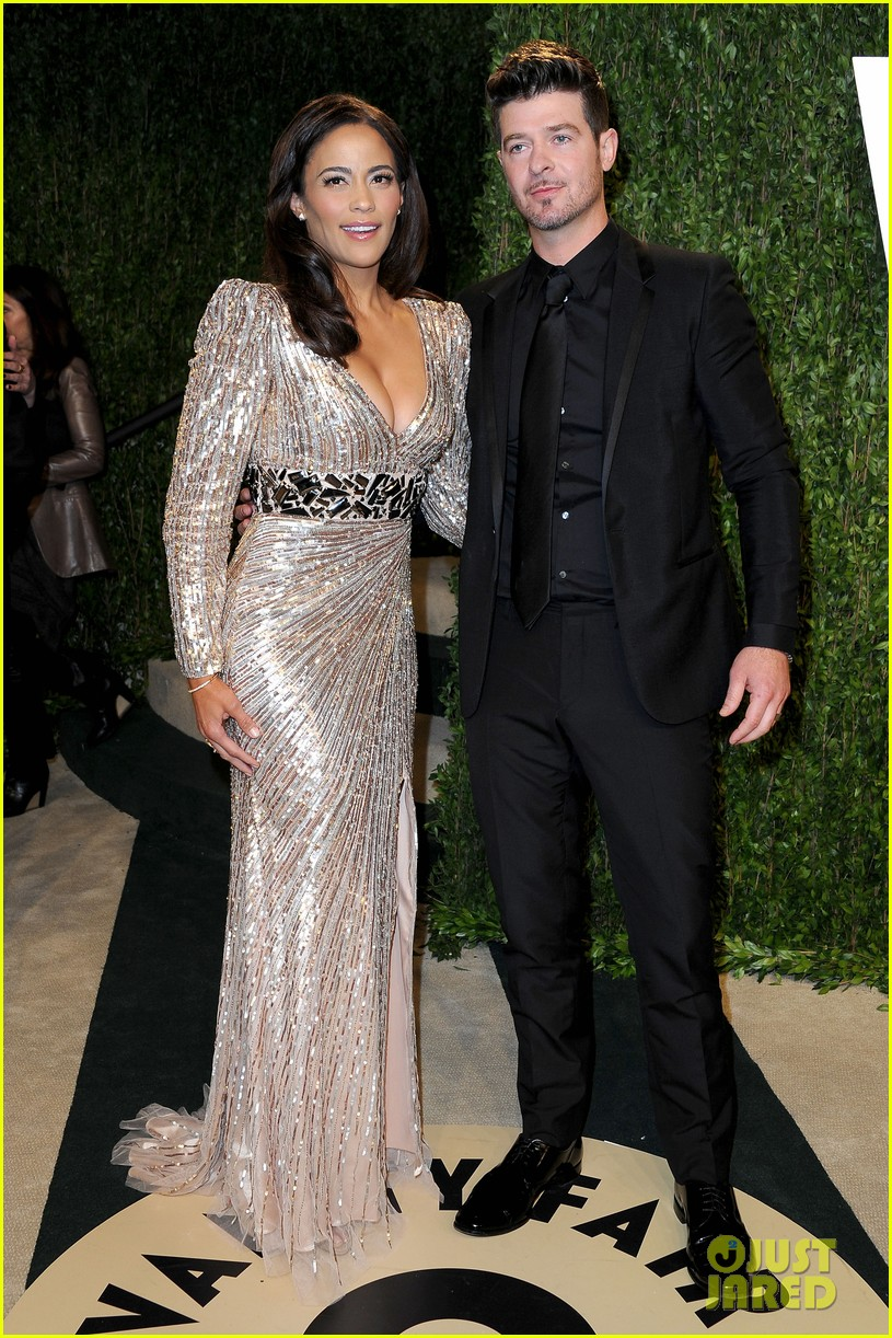 paula patton robin thicke vanity fair oscars party 01