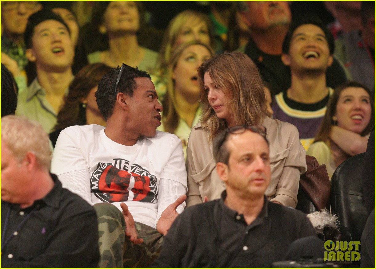 ellen pompeo valentines basketball with hubby chris ivery 05