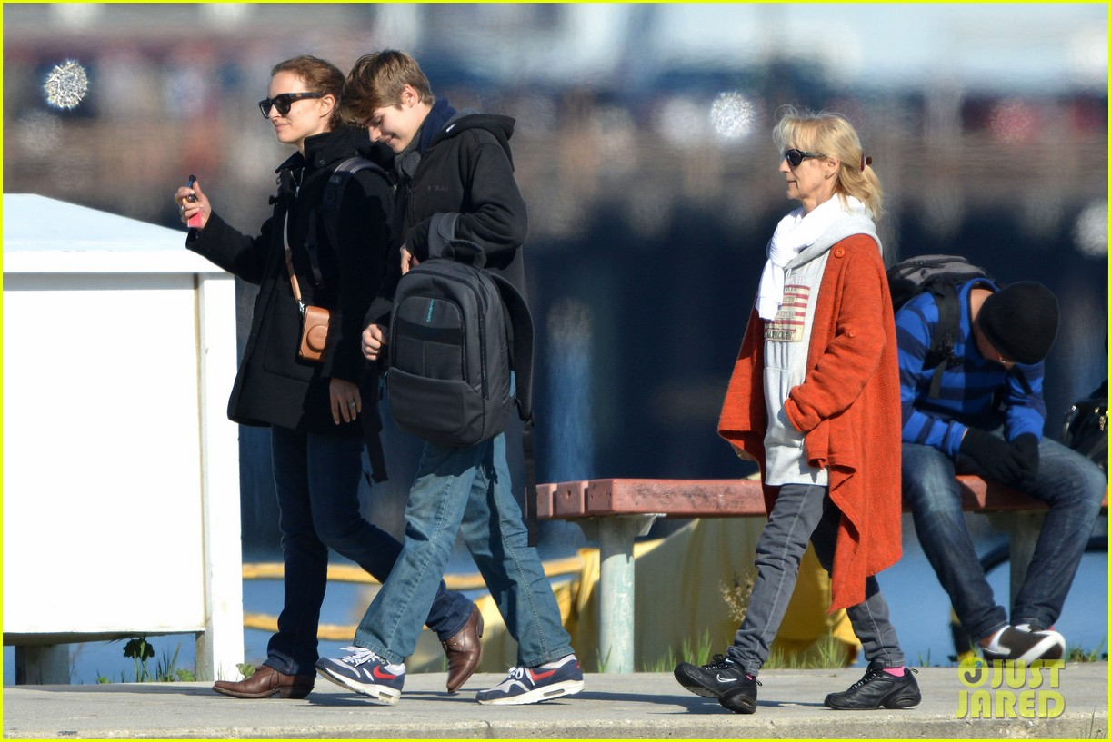 natalie portman benjamin millepied whale watching with aleph 262814322
