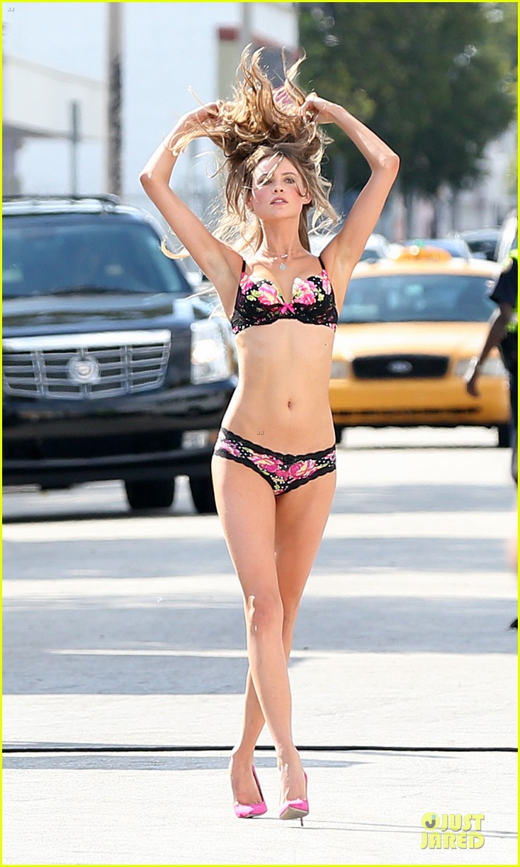 behati prinsloo candice swanepoel bikini photo shoot with michael bay 03