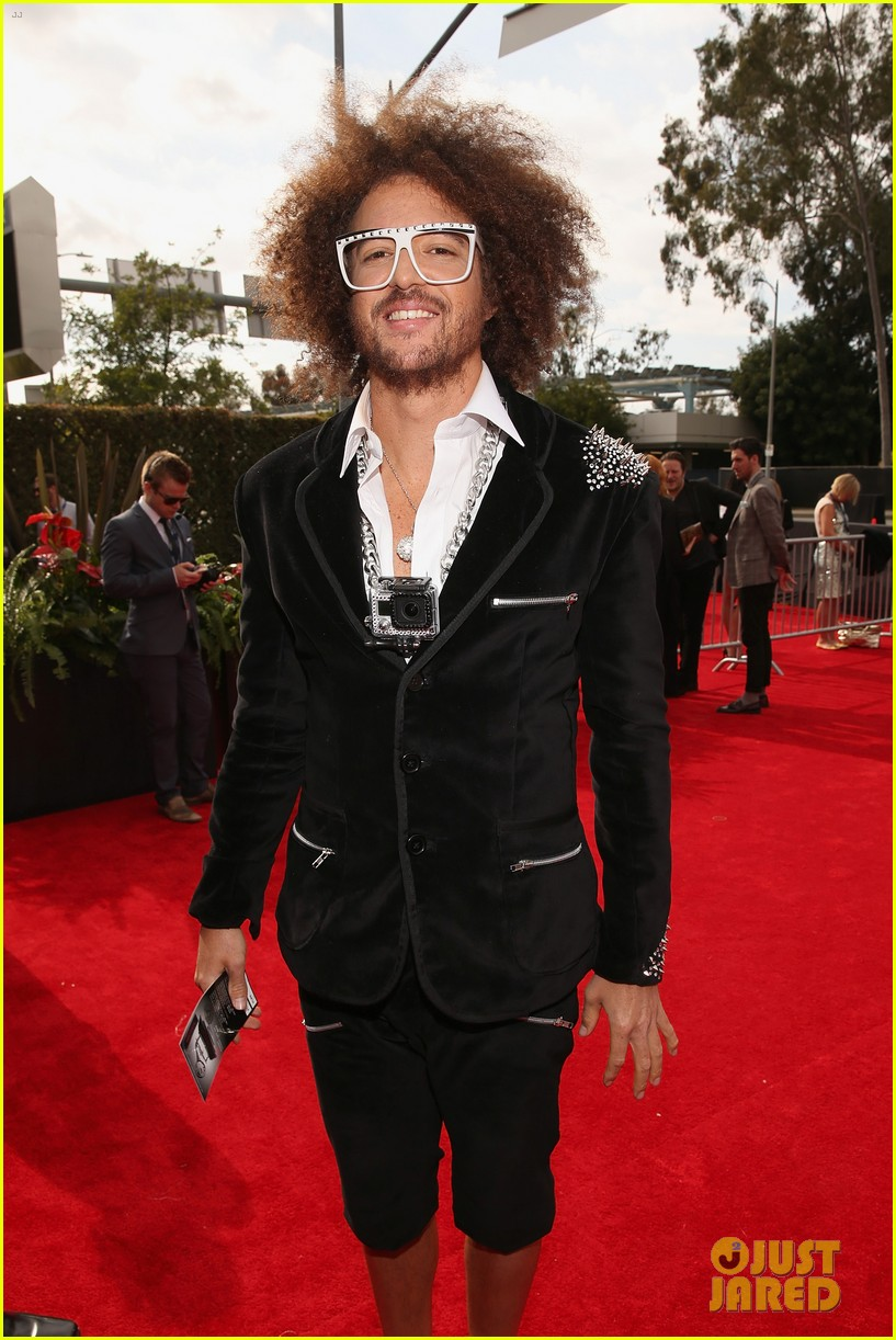 redfoo sean paul grammys 2013 red carpet 08