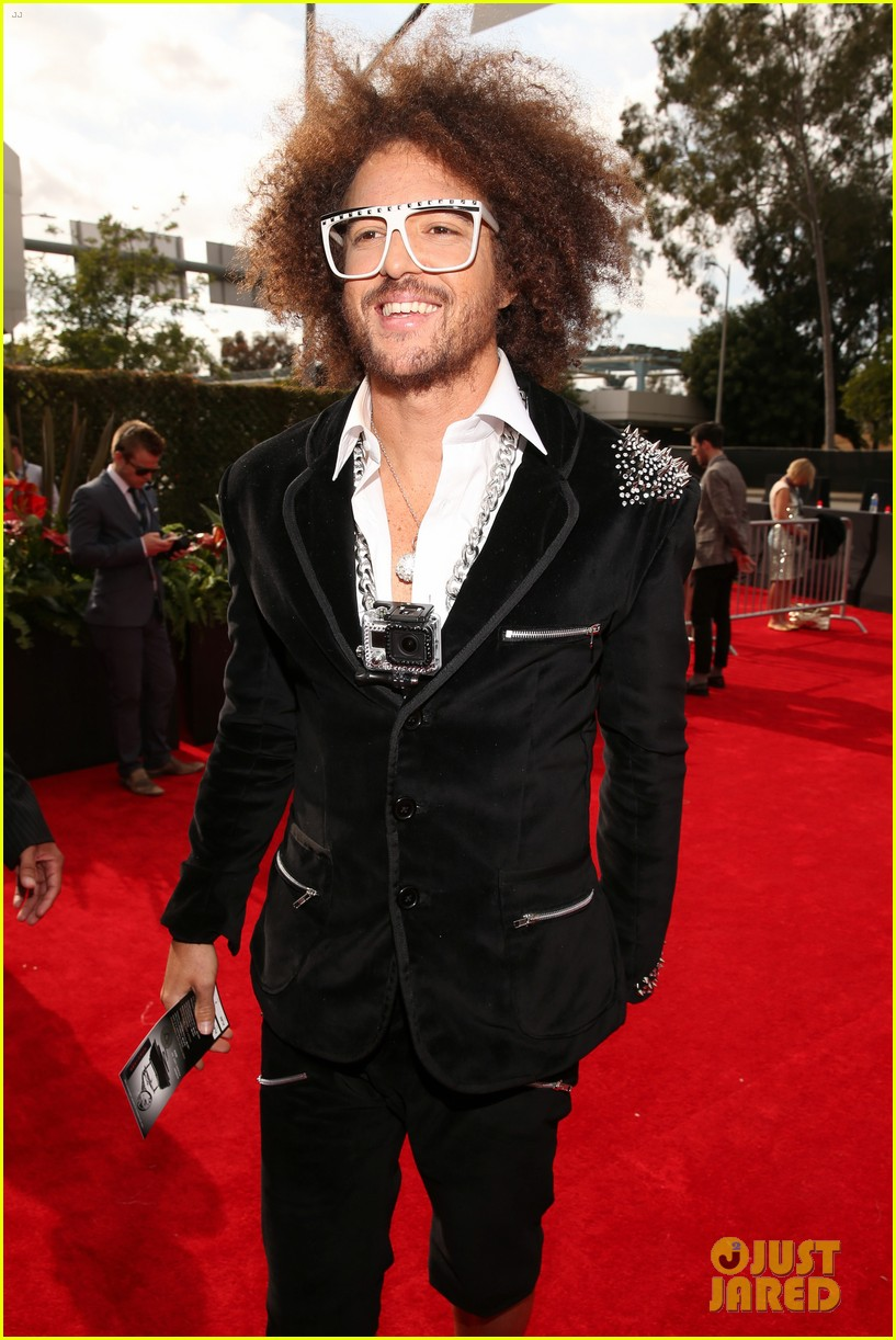 redfoo sean paul grammys 2013 red carpet 09