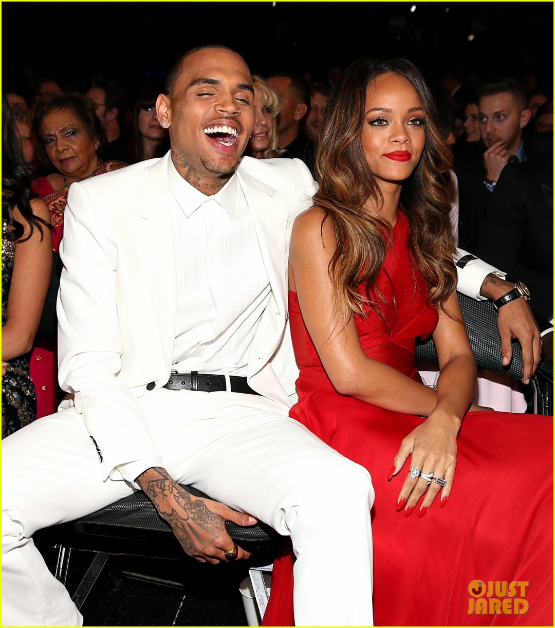 Rihanna & Chris Brown - Grammys 2013 Seatmates! (Pics ...
