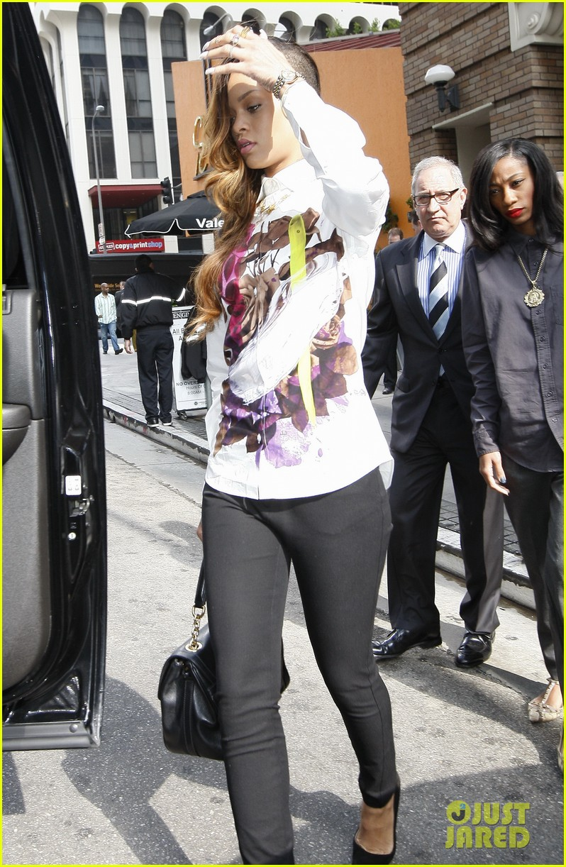 rihanna chris brown court appearance together 252805912