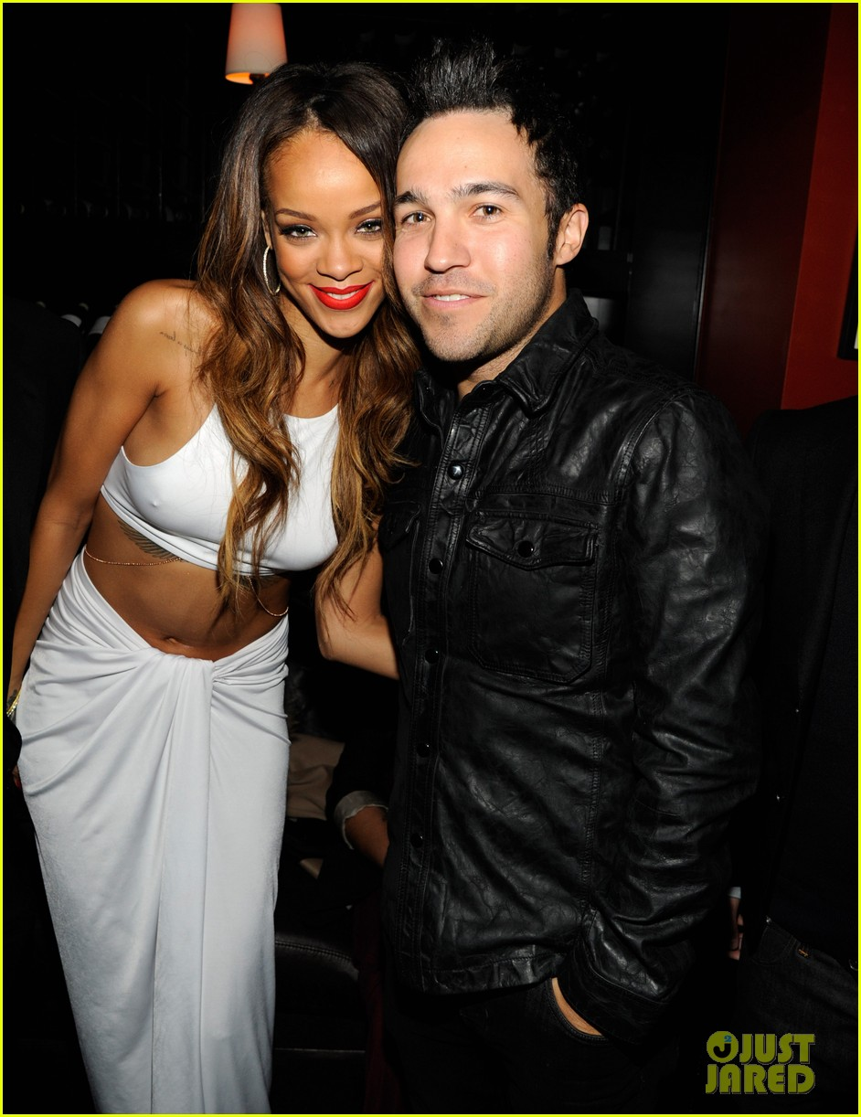rihanna island def jam 2013 grammy after party 022809889
