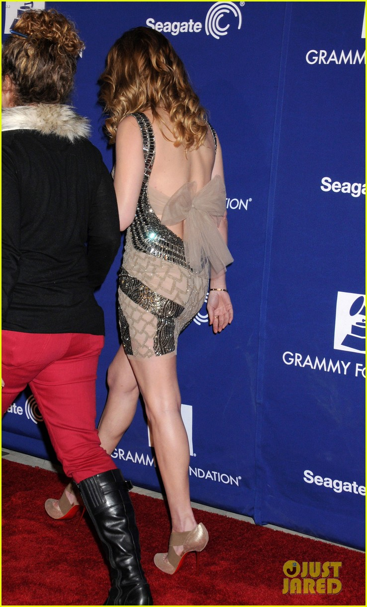 leann rimes grammy foundation play it forward event 05