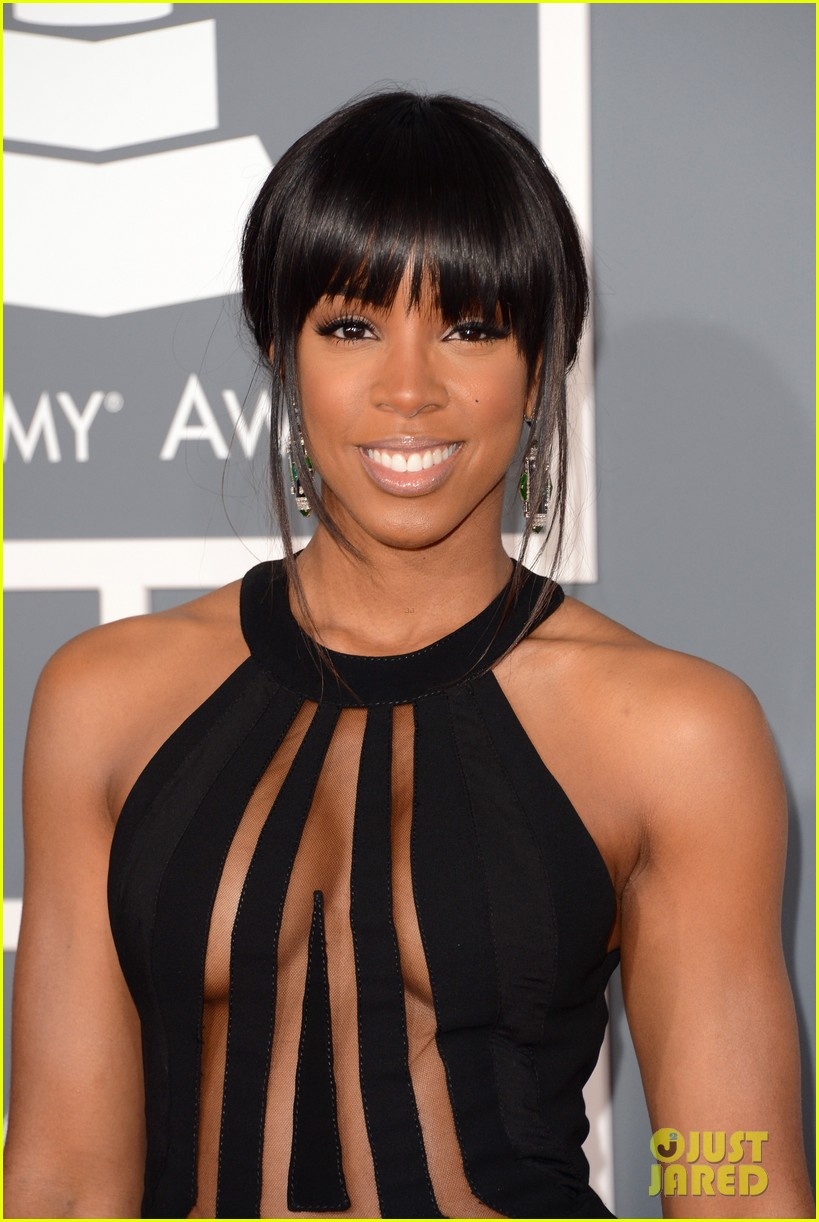 kelly rowland grammy awards 2013 red carpet 02