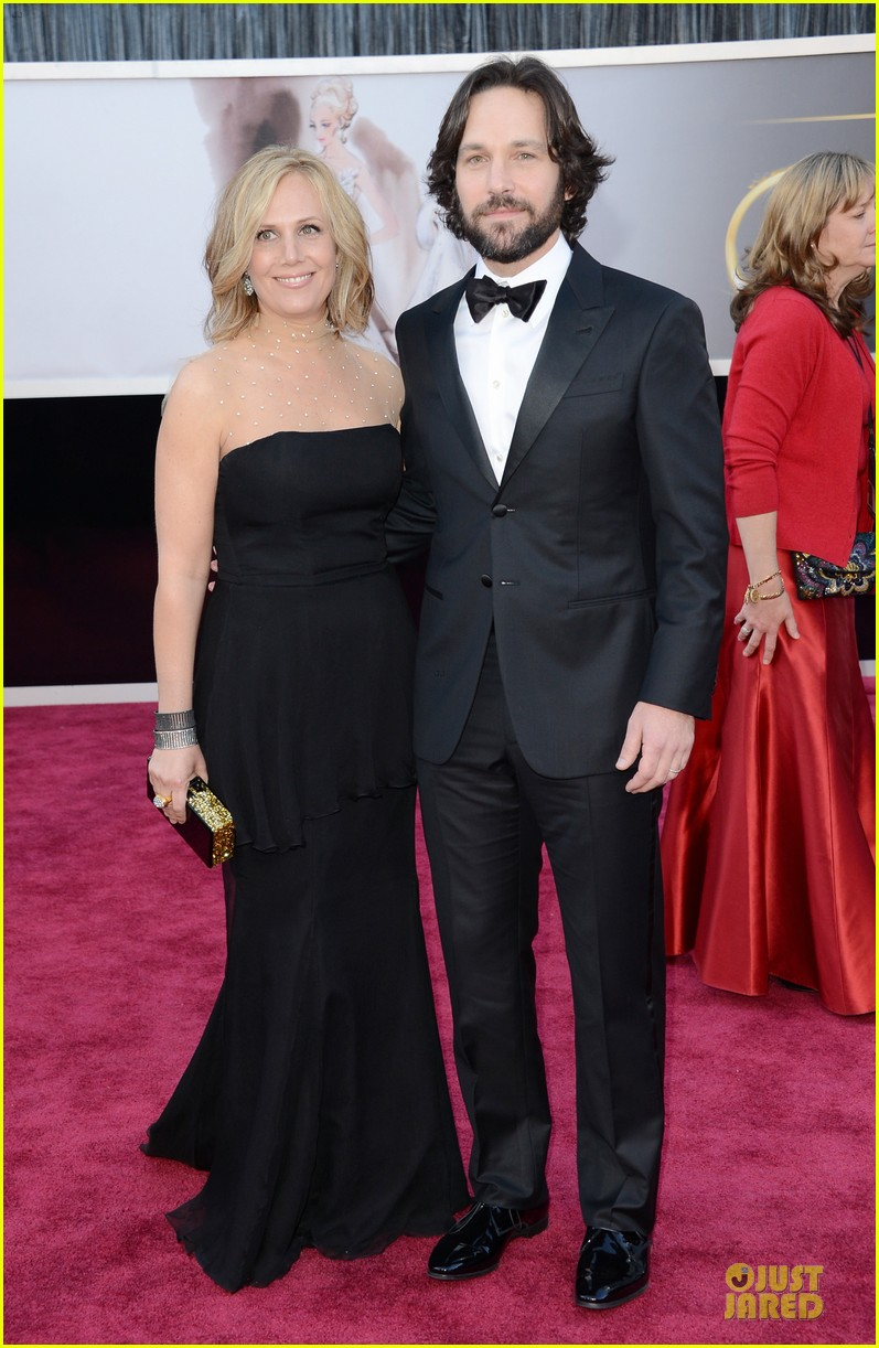 paul rudd oscars 2013 red carpet 03
