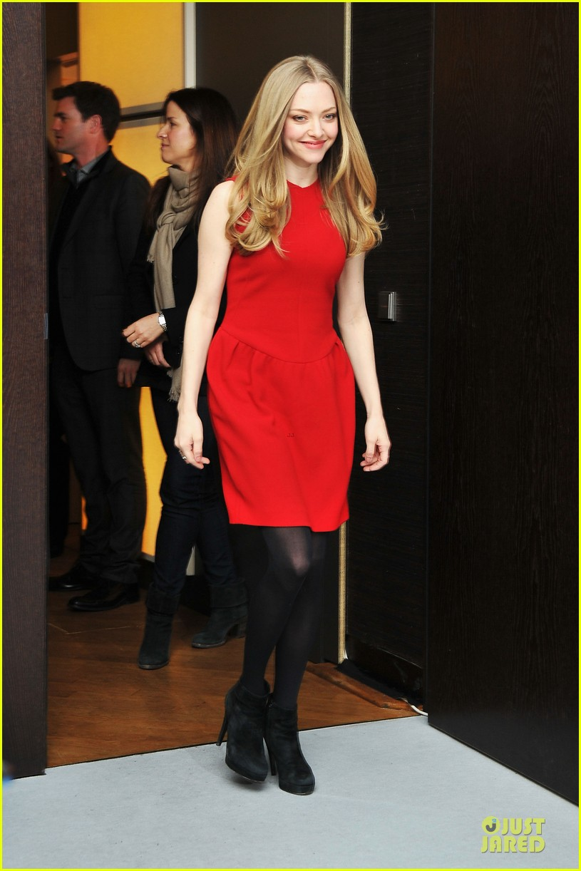 amanda seyfried james franco lovelace berlin premiere 15