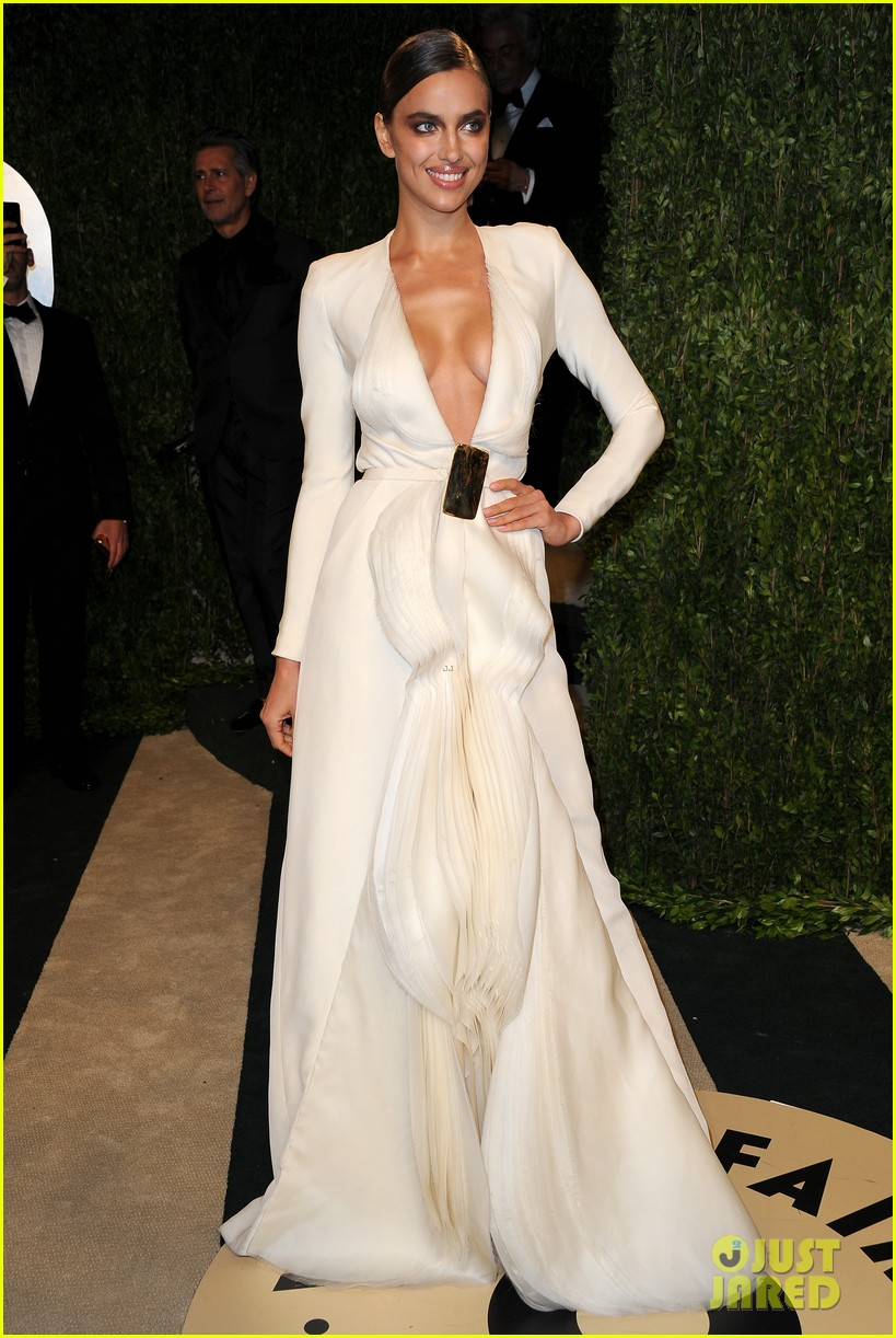 irina shayk solange knowles vanity fair oscars party 2013 02