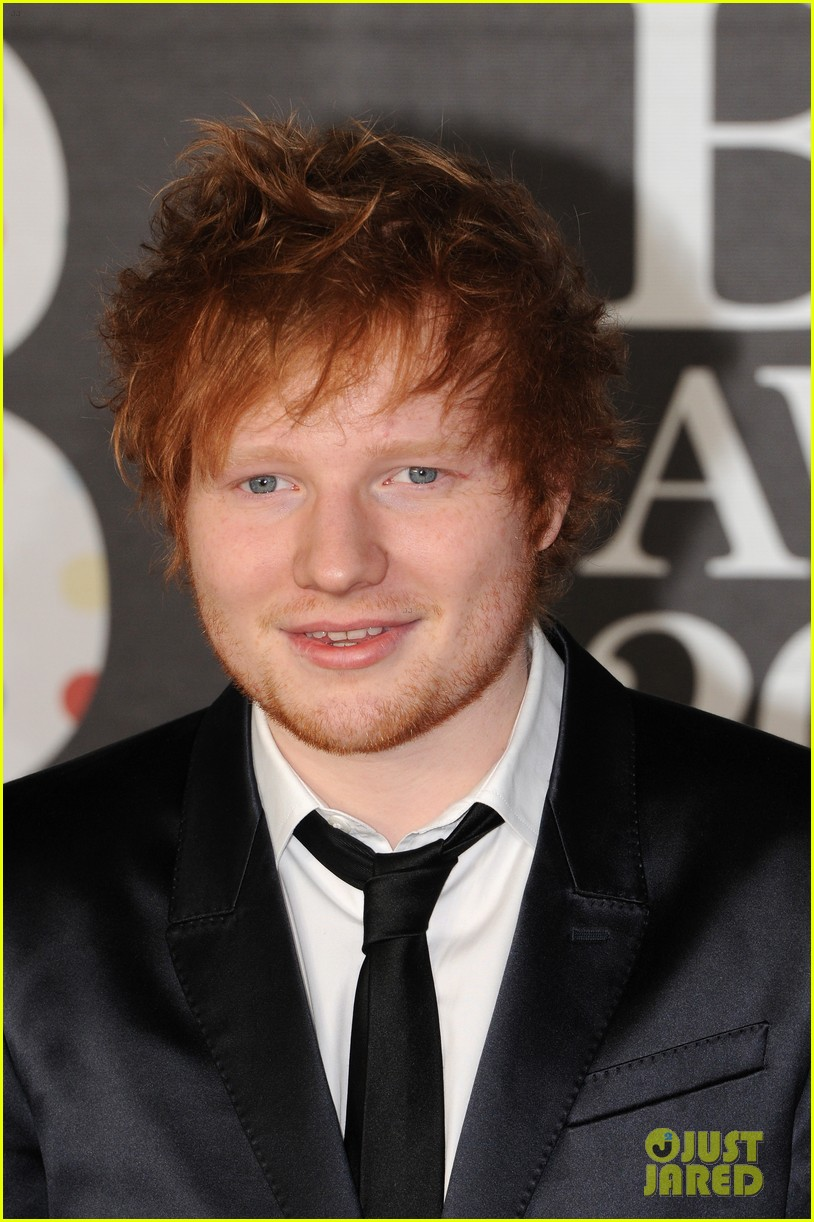 ed sheeran conor maynard brit awards 2013 red carpet 082815852