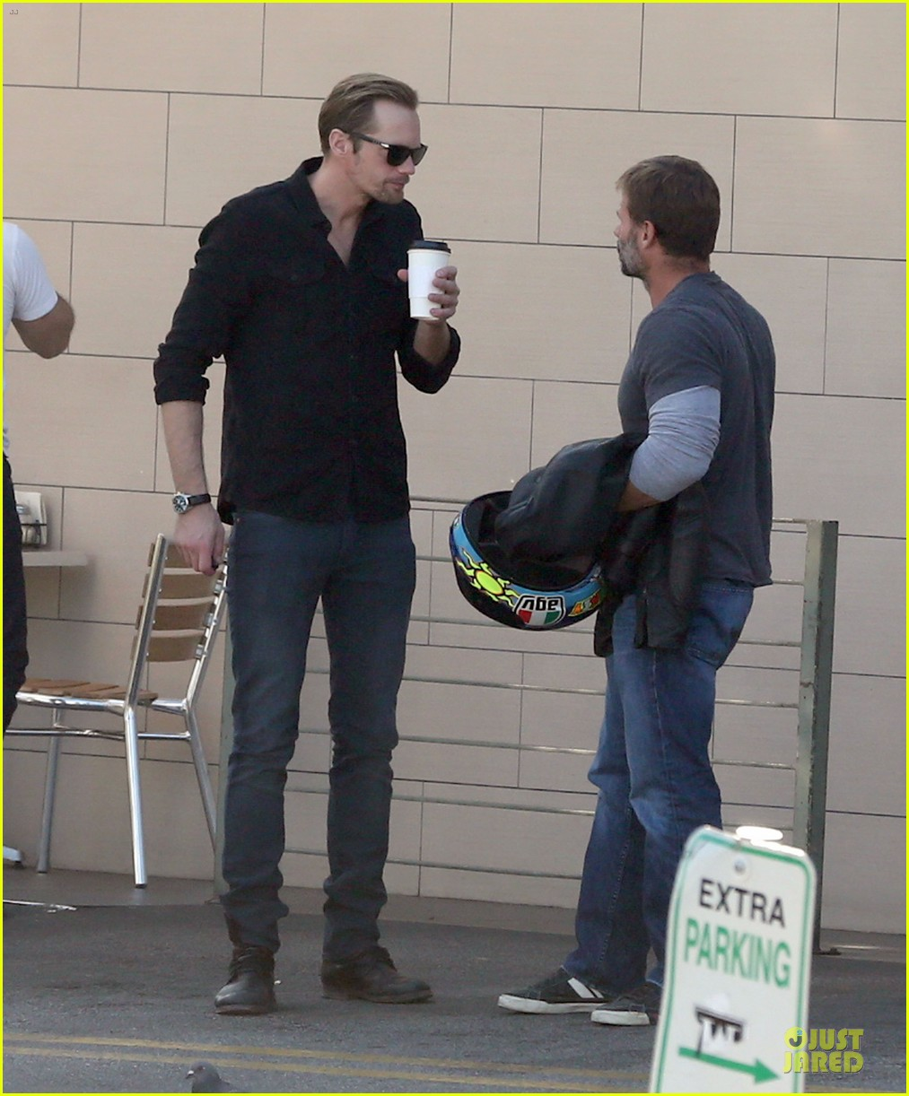 alexander skarsgard post super bowl lunch in los feliz 01