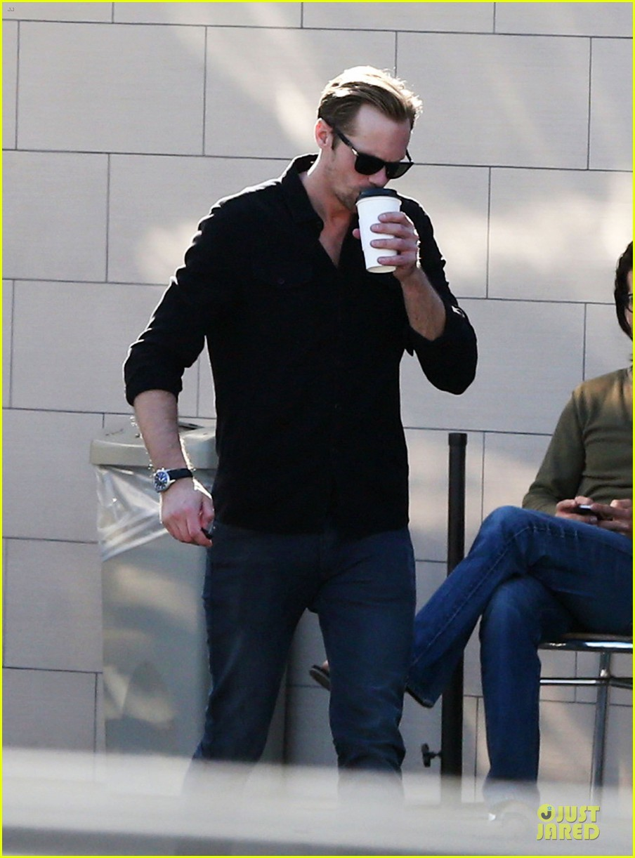 alexander skarsgard post super bowl lunch in los feliz 11