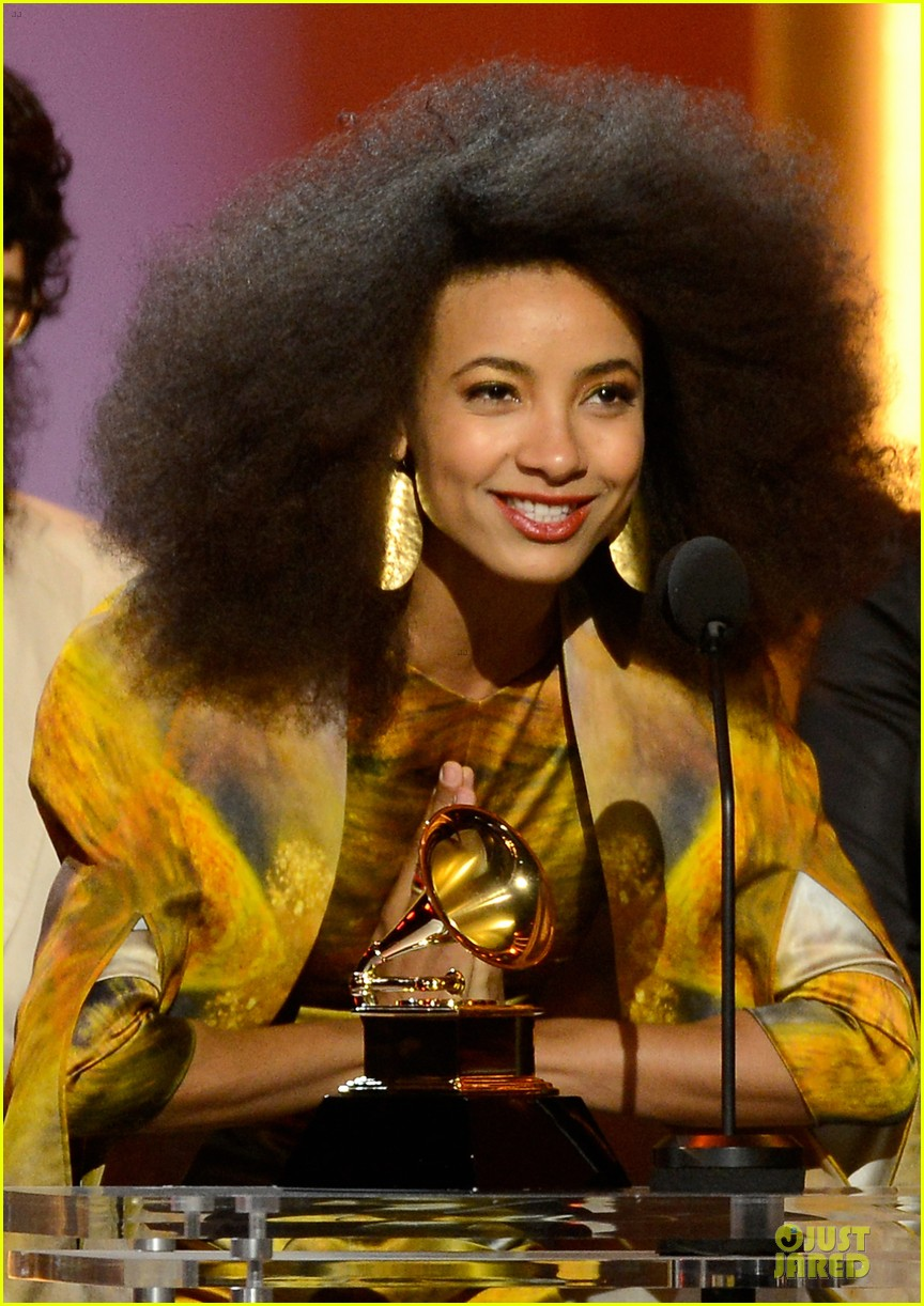 esperanza spalding grammys 2013 red carpet 042809263