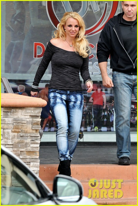 britney spears solo spa day 12