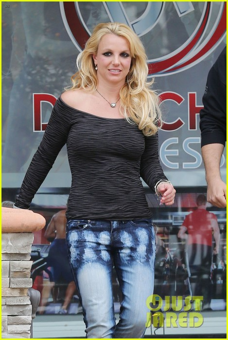 britney spears solo spa day 15