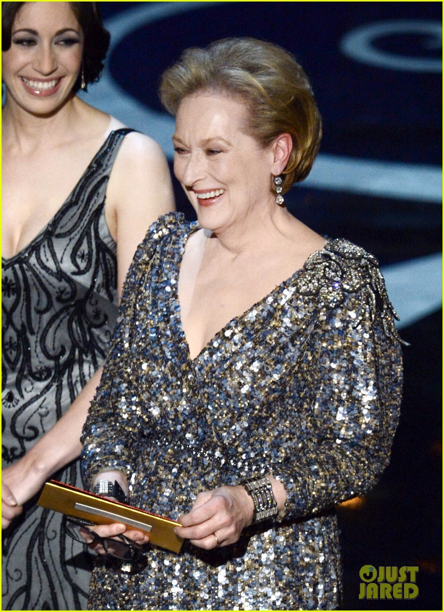 meryl streep oscars 2013 best actor presenter 022819910