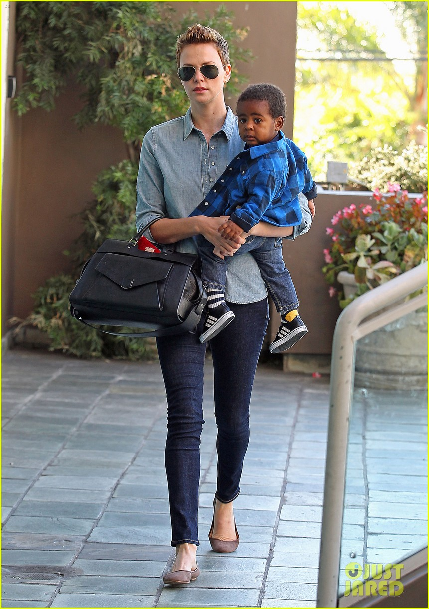 charlize theron fit for kids with jackson 07