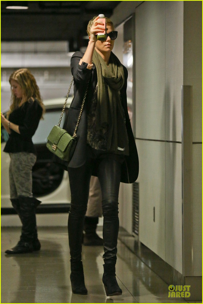 charlize theron juice arrival at equinox gym 05