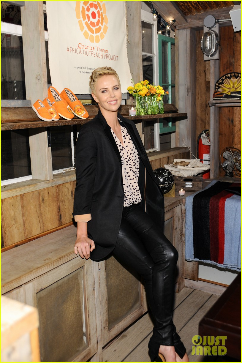 charlize theron africa outreach project toms celebration 01