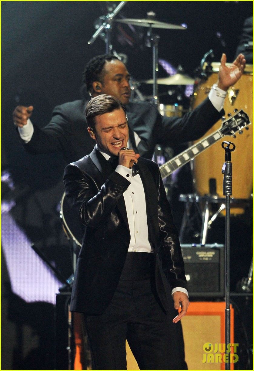 justin timberlake brit awards mirrors performance video 15