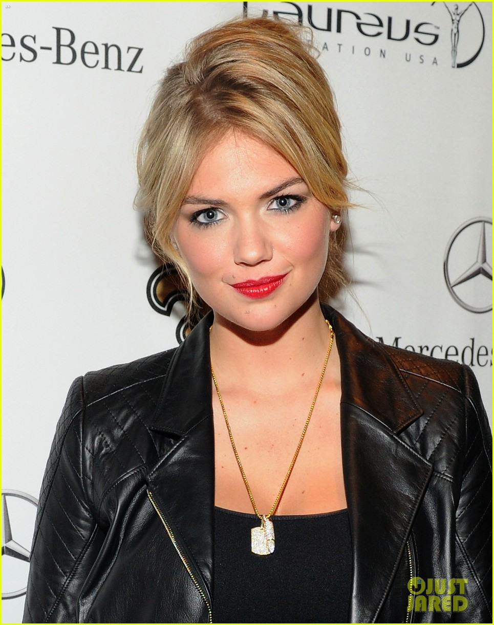 kate upton usher mercedes benz super bowl commercial 02