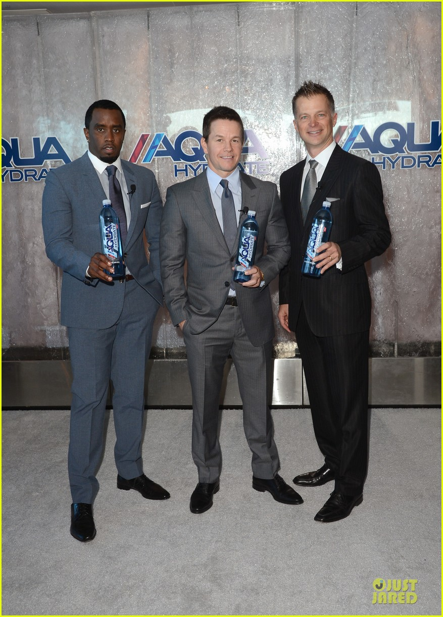 mark wahlberg sean combs aquahydrate press conference 01