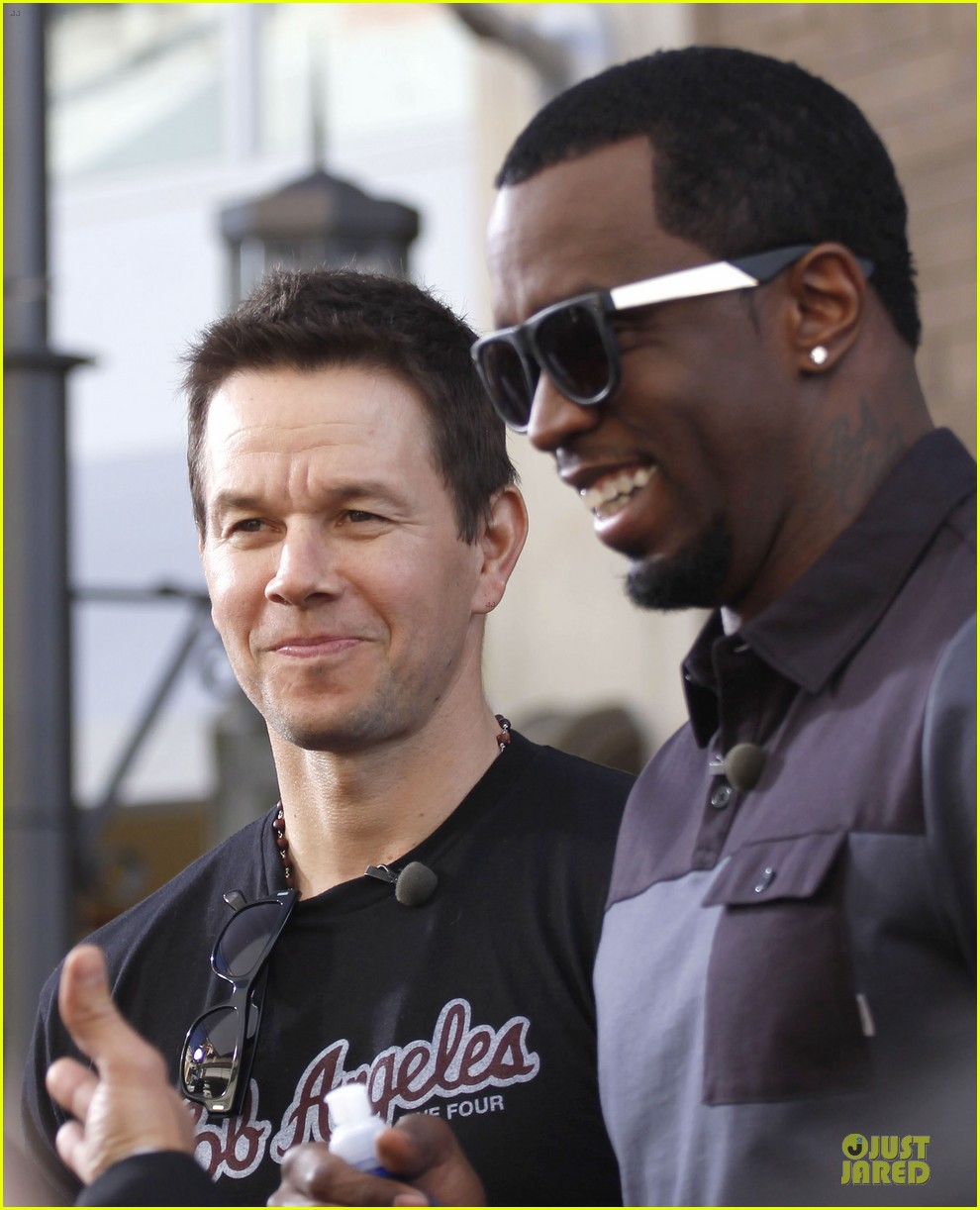 mark wahlberg sean combs aquahydrate press conference 04