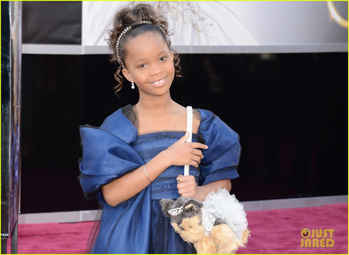 quvenzhane wallis oscars 2013 red carpet05