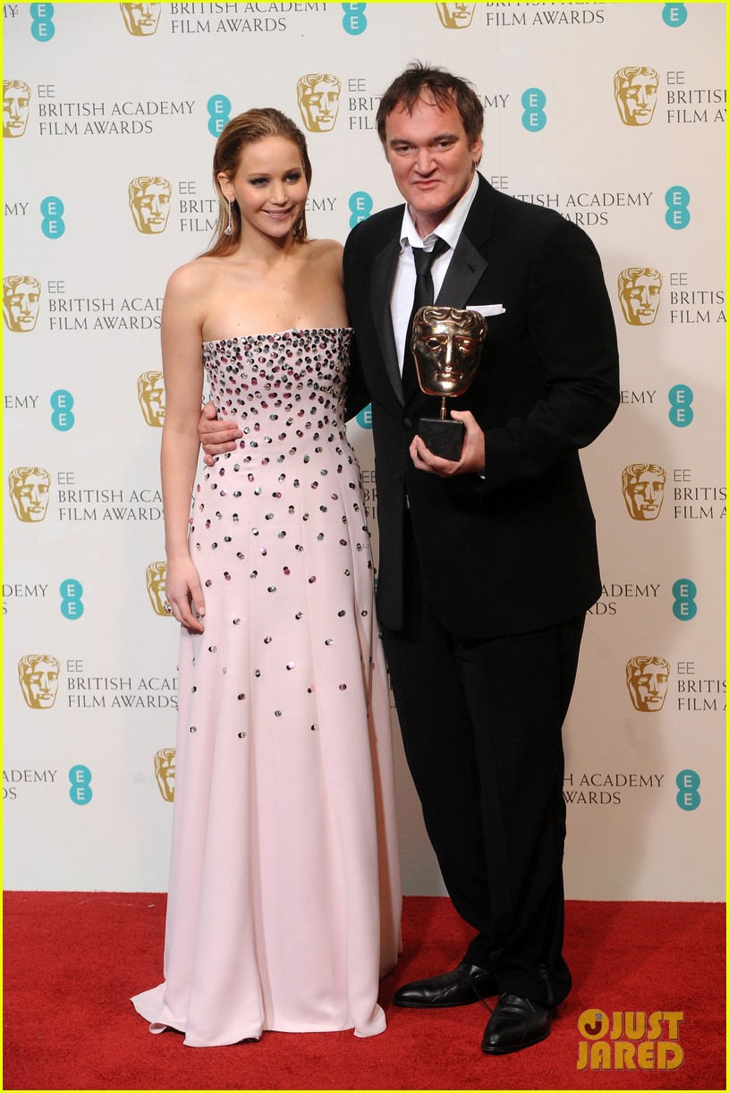 christoph waltz wins best supporting actor at baftas 2013 032808954