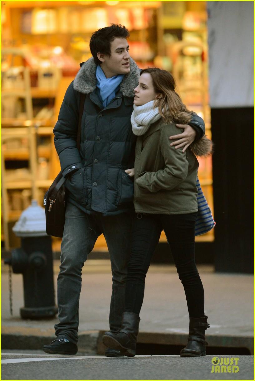 emma watson will adamowicz romantic stroll after valentines day 03