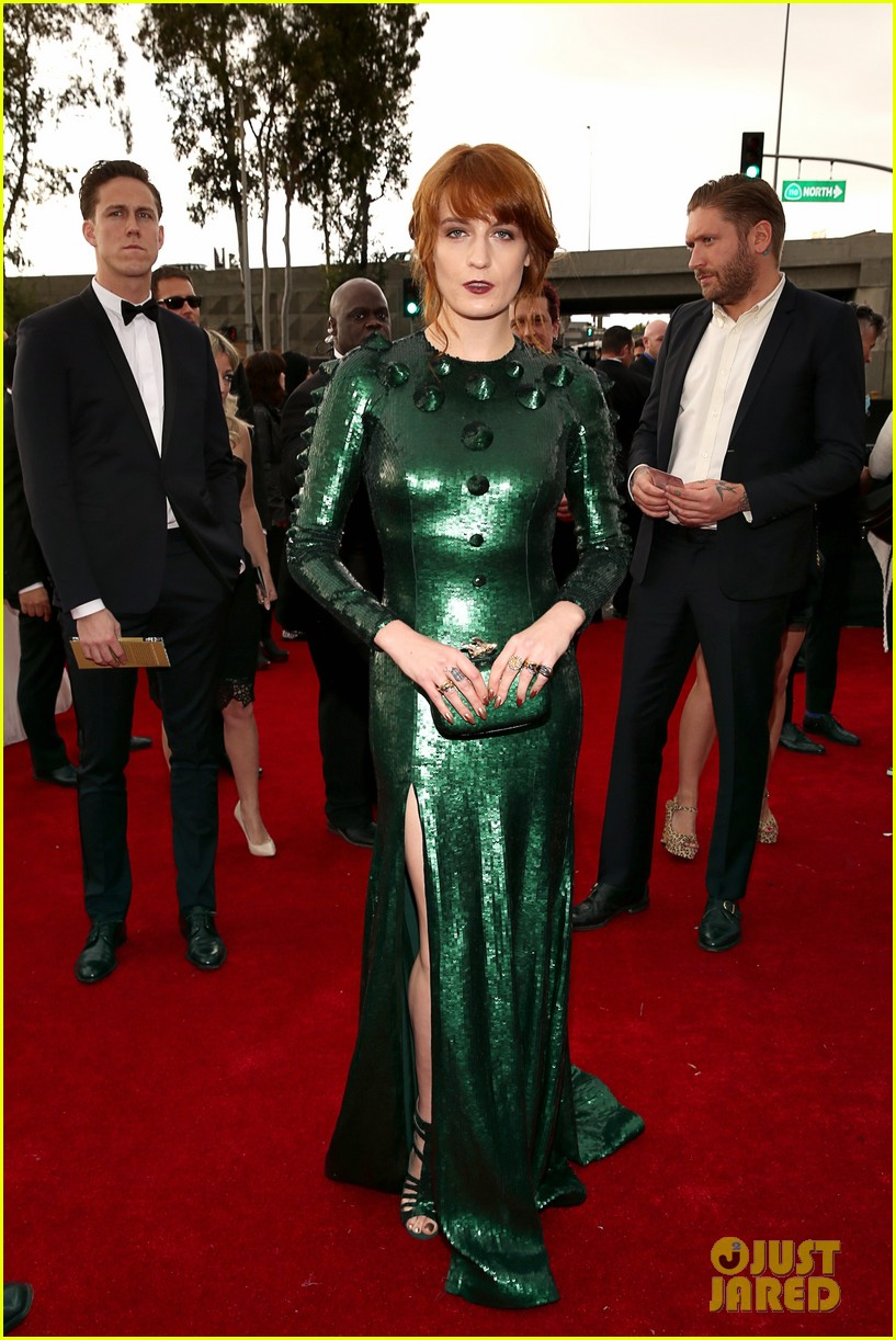 florence welch grammys 2013 red carpet 01