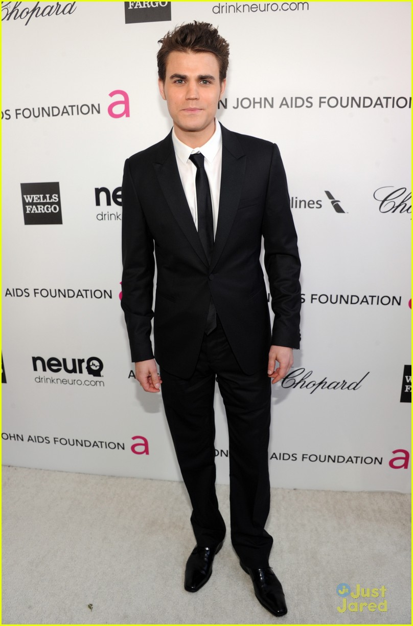 paul wesley ryan kwanten elton john oscars party 2013 01