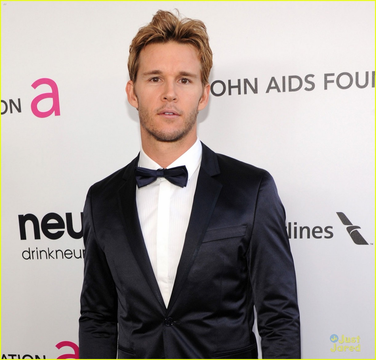 paul wesley ryan kwanten elton john oscars party 2013 07