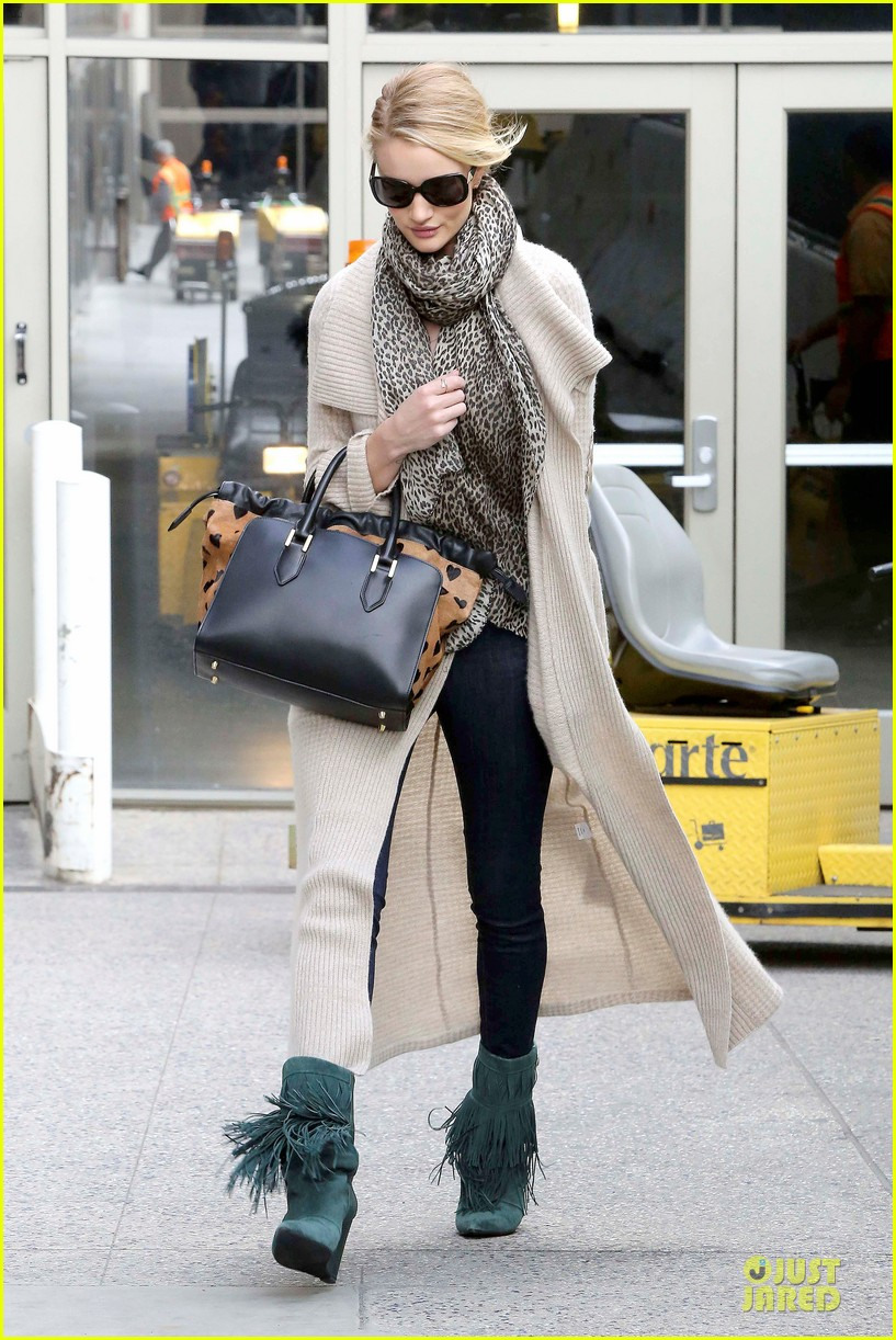 rosie huntington whiteley la london style are different 192815406